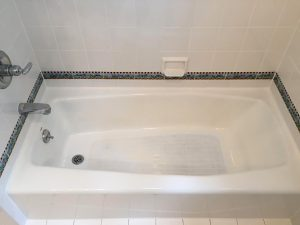 Bathroom Tub Re-Grouting & Re-Caulking